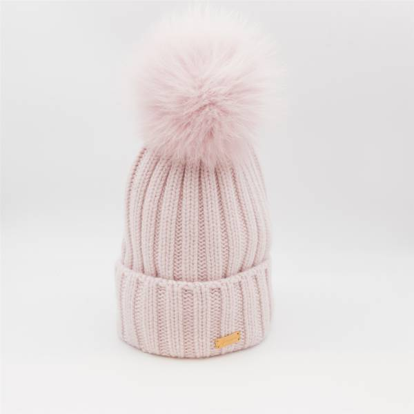Bonnet laine/cachemire pompon renard rose antique . .